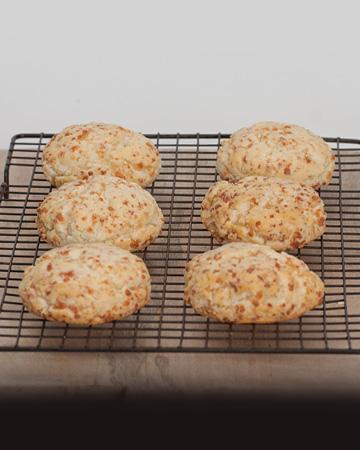 Buttermilk Biscuits 6/pk 3.5oz